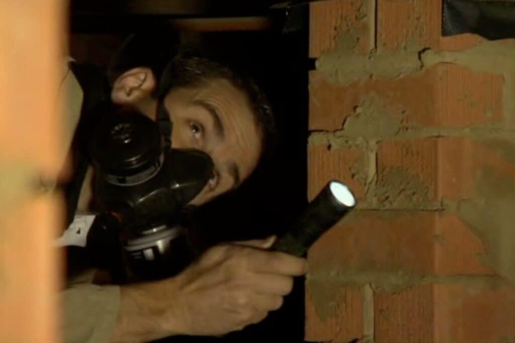 Inspecting sub-floor